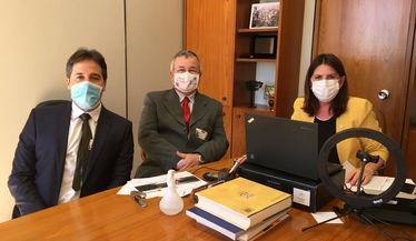 Reuniões com parlamentares e com o Ministério da Saúde (MS) em busca de mais recursos para as clínicas de diálise do país